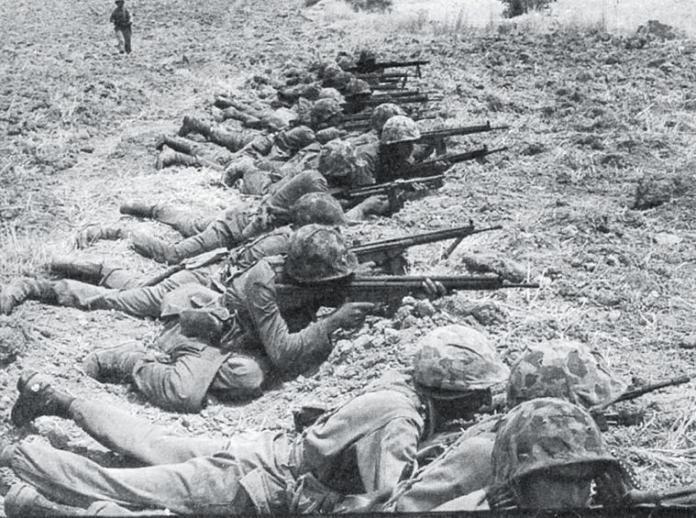 Τούρκοι στρατιώτες στην Κερύνεια.
