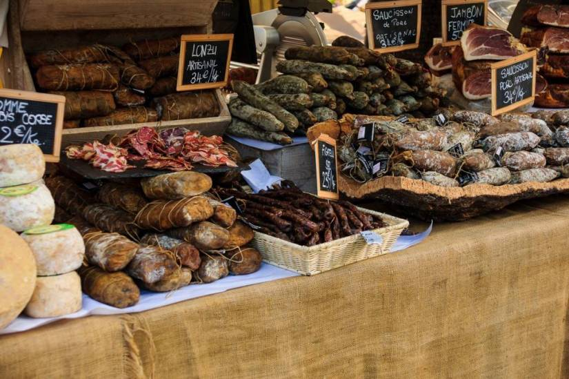 Outdoor-market-Paris-French-food-cuisine-bread-cheese-meat-1024x682