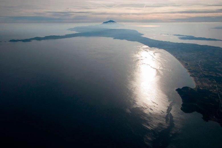 Όρος και χερσόνησος στο ανατολικό μέρος της Χαλκιδικής στα αρχαία χρόνια λεγόταν Ακτή.