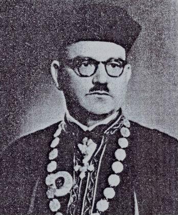 Ο Βασίλειος Εξαρχος (εδώ, ως κοσμήτορας της Θεολογικής Σχολής του ΑΠΘ τη δεκαετία του 1950)
