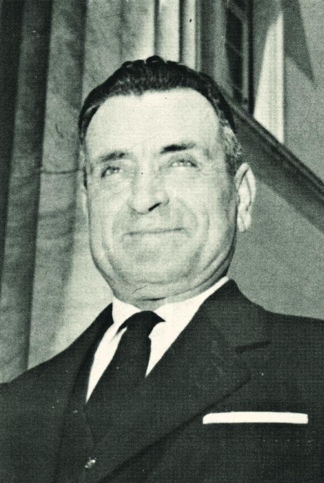 Ο Χρήστος Γερακίνης ως υφυπουργός Συγκοινωνιών του στρατάρχη Παπάγου