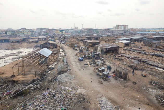 Παραγκούπολη στο Λάγος της Νιγηρίας - dreasmtime
